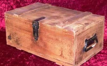 SHANGHAI KNIGHTS: Wooden Ammo Box