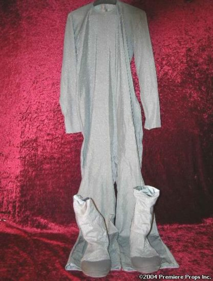 SCARY MOVIE 3: Grey Alien Suit & Rip Curl Shoes