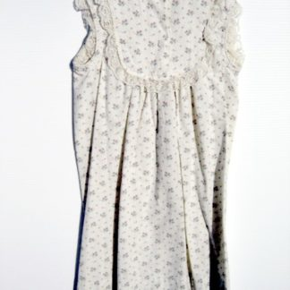 SCARY MOVIE 3: Sue's Rose Print Night Gown  1